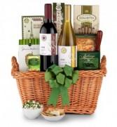 Deluxe NYS Wine & Gourmet Gift Basket