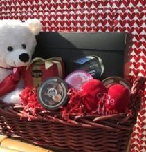 Deluxe Valentines Basket Valentines
