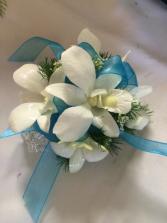 Dendrobium White Wrist Corsage