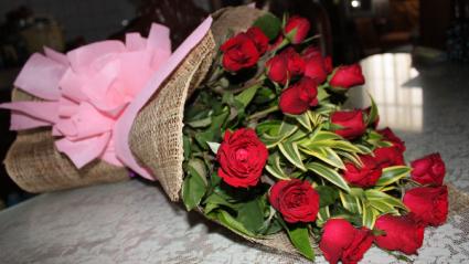 Design Red Bouquet by Annie  Custom Design Bouquet