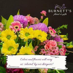 Designer Choice Traditional Vase Arrangement in Kelowna, BC | Burnett's Florist