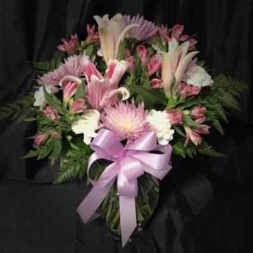Designer's Choice Assorted Mixed Flowers Cut Flowers in a Vase