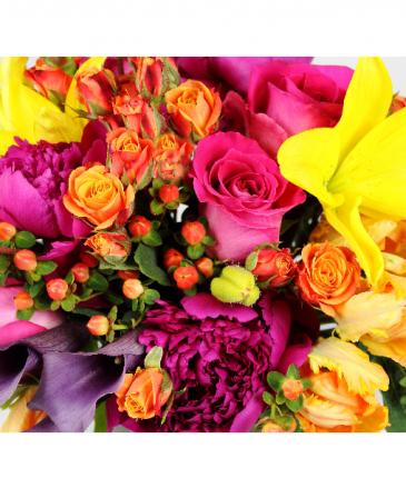 DESIGNER'S CHOICE Florist selection