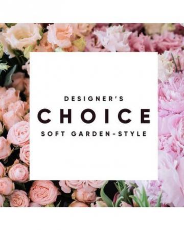 Designer's Choice Soft Garden Fresh Arrangement
