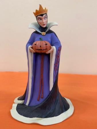 "Disney's ""Poison Pumpkin"" Disney Showcase Collection"