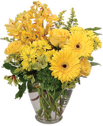 Divinely Golden Flower Arrangement