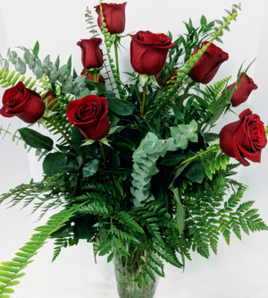 Docena de Rosas Clasicas Arreglo de Rosas Rojas in Douglasville, GA | The Flower Cottage & Gifts, LLC