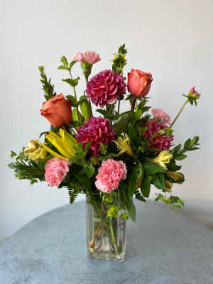 Dose of Dahlias  in La Grande, OR | FITZGERALD FLOWERS