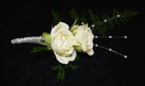 DOUBLE WHITE BOUTONNIERE BOUTONNIERE