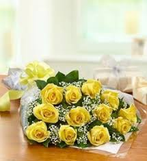 Doz. Yellow Roses Presentation *Margot's Area Only*