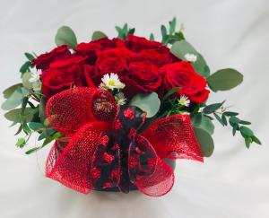 DOZEN BOXED ROSES VALENTINES in Azle, TX | QUEEN BEE'S GARDEN