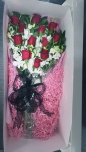 Dozen Long Stem Deluxe Red Roses in a box