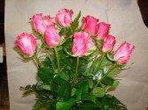 dozen  pink roses pink vase roses