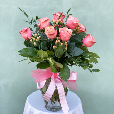 Dozen Pink Roses - Rose of the Day Powell Florist Exclusive