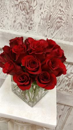 DOZEN RED ROSE ARRANGEMENT Vase Arrangement