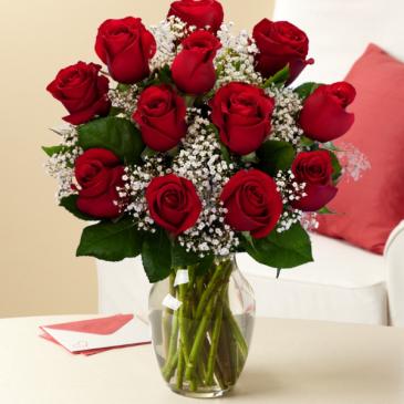 dozen red roses in wetaskiwin ab dennis pedersen town florist