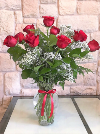 DOZEN LONG STEM RED ROSES