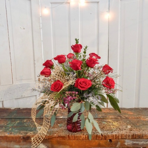 Dozen Red Roses Special Long Stem Red Roses in Dixon, IL | WEEDS FLORALS, DESIGN & DECOR