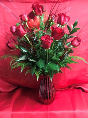 DOZEN RED ROSES vase arrangement in Immokalee, FL | B-HIVE FLOWERS & GIFTS