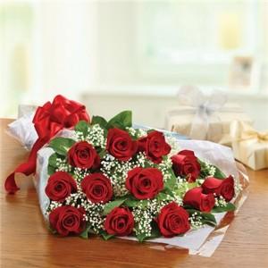 Graduation Bouquet Dozen Red Roses Presentation