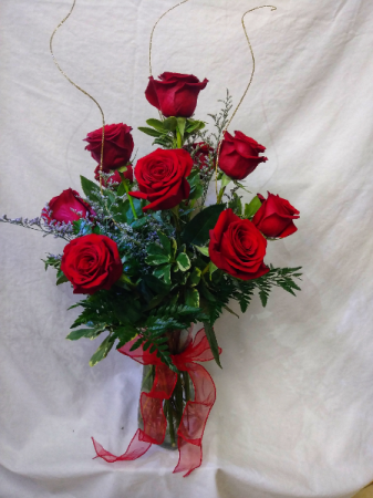 Dozen Roses 12 Premium Red Roses Arranged in a Vase