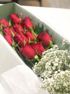 Dozen Roses Boxed  in Middletown, NJ   Fine Flowers