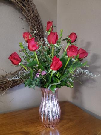 Dozen roses Fresh arrangement