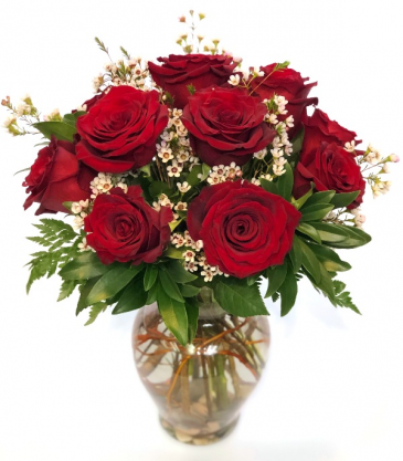 """The Classic"" - Dozen Roses Vase Arrangement"