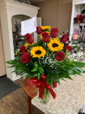 Dozen Roses with Sunflowers