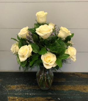 Dozen White Roses Vase Arrangement in Bluffton, SC | BERKELEY FLOWERS & GIFTS