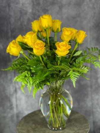 Dozen Yellow Roses Vase Arrangement
