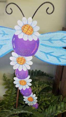 Daisy & Dragon Fly Garden Stake