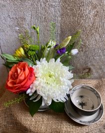 Dragonfly  mini tea cup arrangement