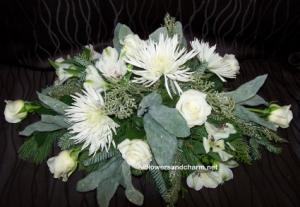 Dreaming of a White Christmas table center in New Hamburg, ON | ALL FLOWERS & CHARM