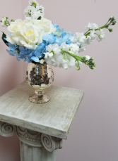 Dreamy Fresh Arrangement Vintage Collection