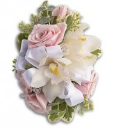 Dreamy Pink Corsage