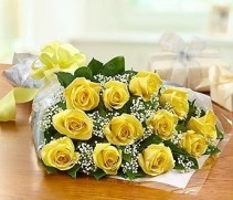 Dz. Yellow Roses Loose Wrapped Bouquet