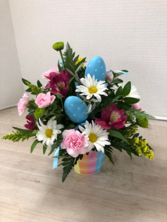 E100 - Easter Fresh Arrangement