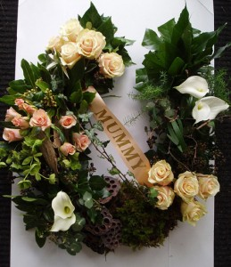 Earthy Nature Horseshoe Wreath Wreath
