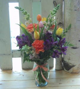 Easter in Bloom Vase arrangement in North Adams, MA | MOUNT WILLIAMS GREENHOUSES INC
