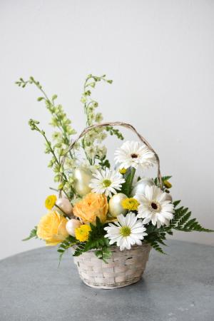 Easter Sunshine  in La Grande, OR | FITZGERALD FLOWERS
