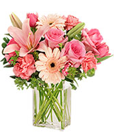 EFFLORESCENCE Flower Arrangement in Plantation, Florida | Pink Pussycat Flower and Gift Shop