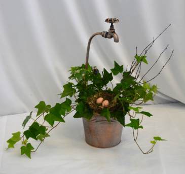 EGG-SPECIALLY FOR YOU! IVY/NEST/BIRD/FAUCET BUCKET