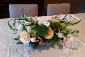 Elana Table arrangement