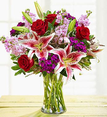 Elegance Bouquet Vase arrangent