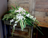 ELEGANCE & GRACE CASKET SPRAY