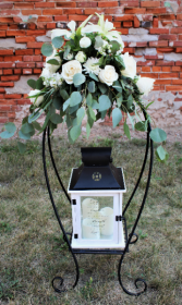 Elegance Lantern with stand and flowers