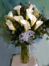 Elegant Cala Lily Vase