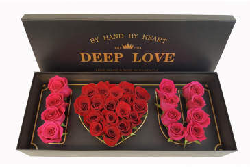 Elegant design with  Premium Red and Pink Roses
