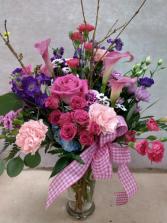 Elegant Easter Vase Arrangement